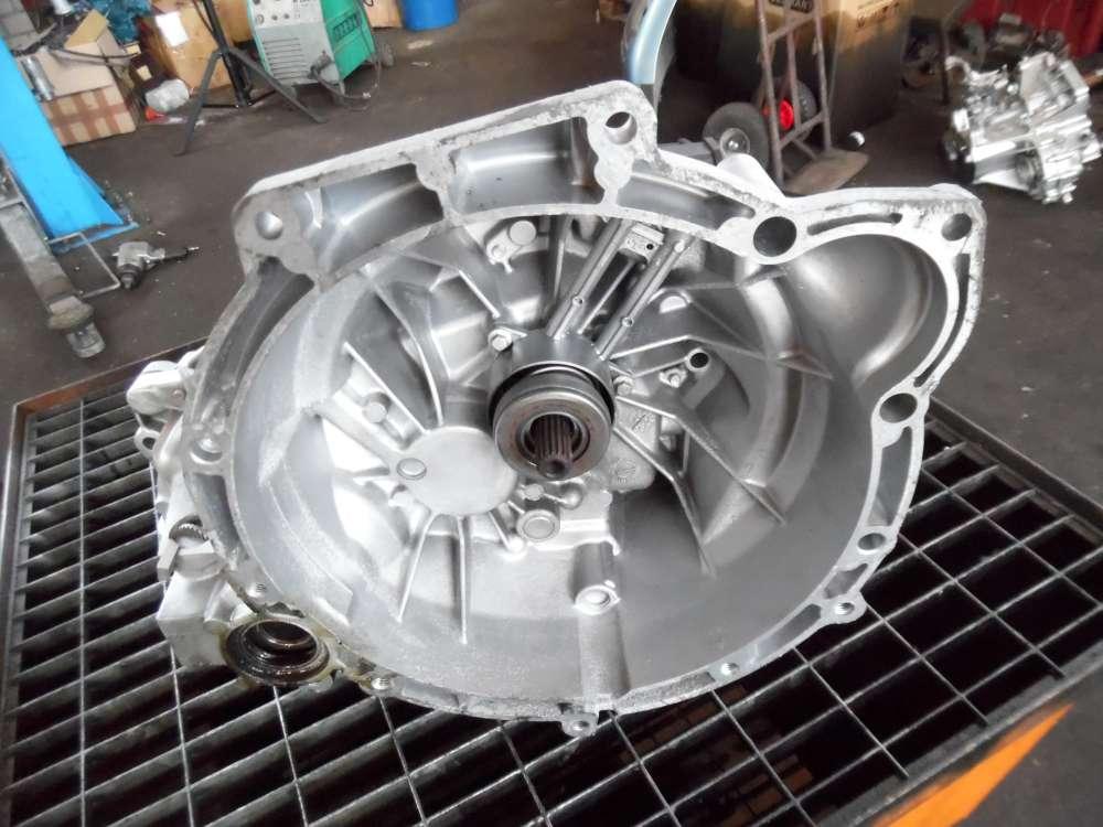 Ford Fiesta Getriebe Schaltgetriebe Benzin 60943KM 98WT-7F096-AC