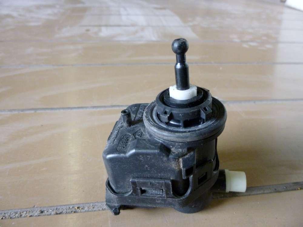 RENAULT Espace IV Bj: 2006  Stellmotor Scheinwerfer V.L 7700420737 Hella 007878