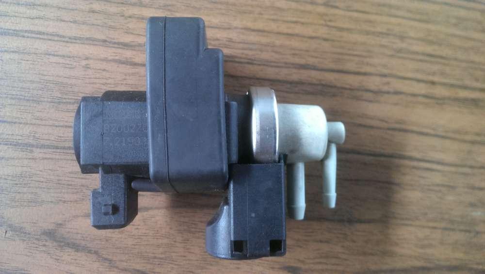Renault Espace Bj.2004 Magnetventil Ventil Unterdruckventil 8200270451 / 72190356