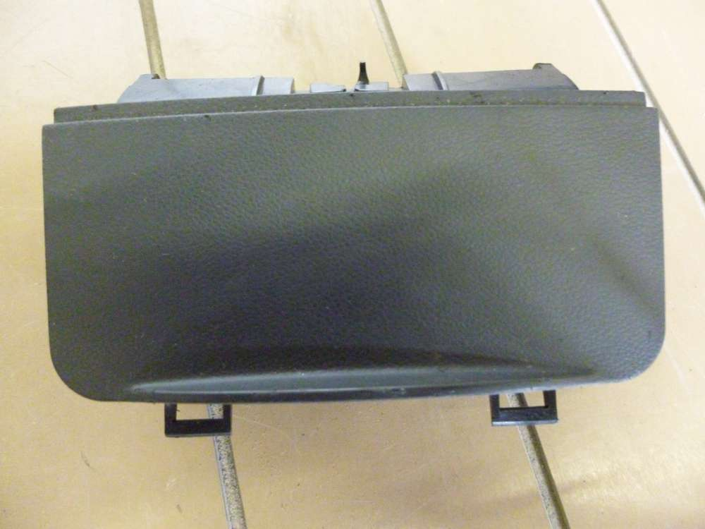 Original Seat Ibiza Bj: 1999 Aschenbecher Zigarettenanzünder 6K0857961C
