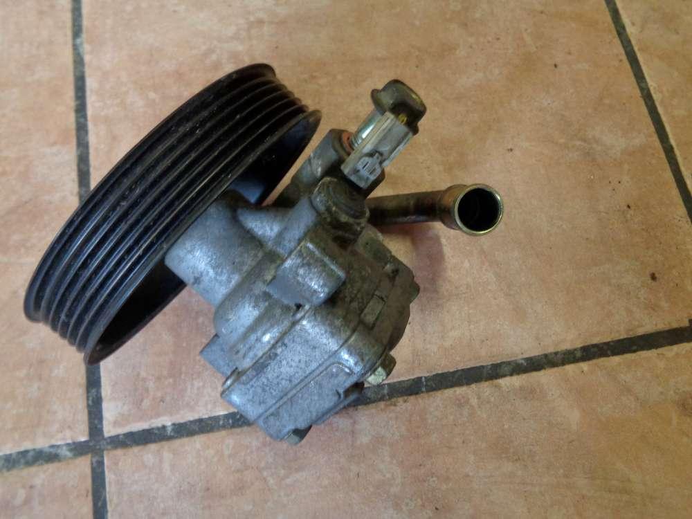 Mazda 3 BK 1.6i Bj:2004 benzin Servopumpe 3804858