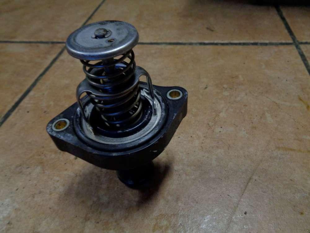 Daihatsu Sirion M3 Bj:2009 Thermostat Kühlmittel