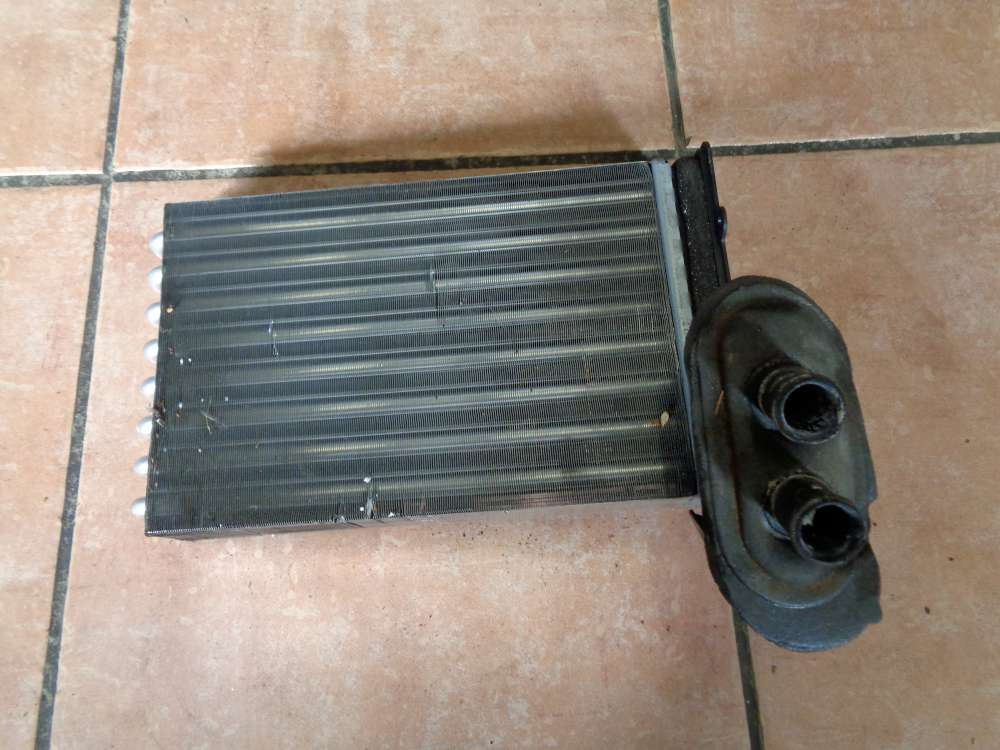 VW Golf 4 Wärmetauscher Heizungskühler 1H1819081A