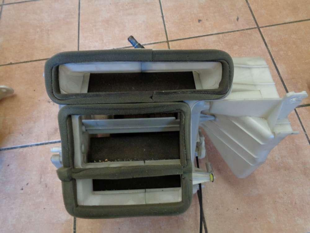 Mazda 323 BA Heizungskühler mit Heizungskasten BC1MC 5420A