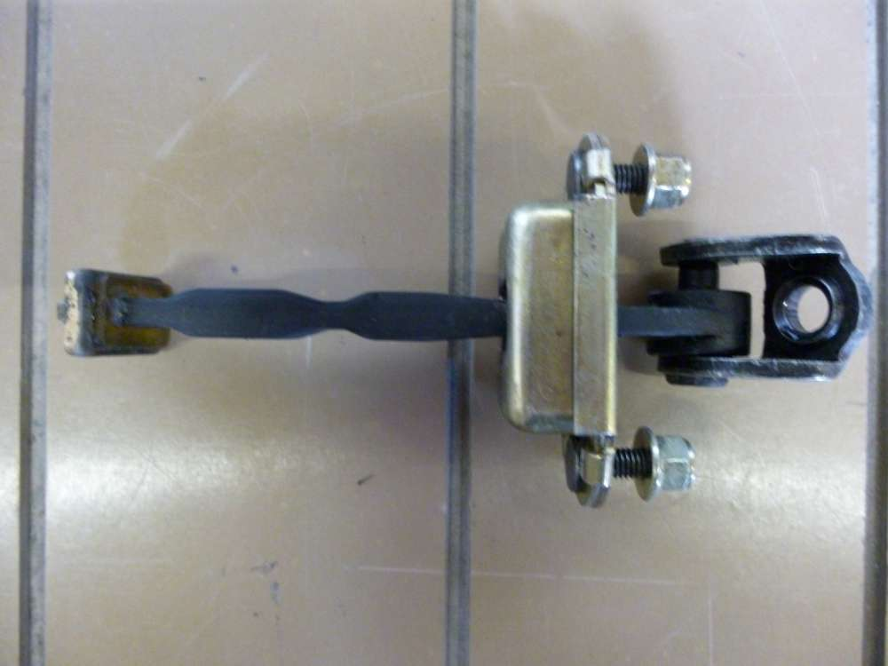 Ford Fiesta V Türstopper Türscharnier Türfangband Türbremse 040702