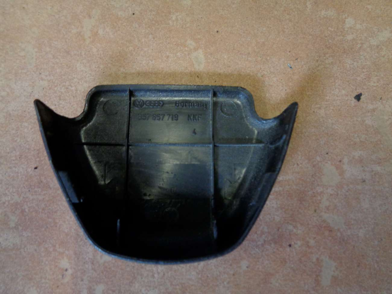 VW Passat 35i Abdeckung Kappe B Säule Gurt Befestigung 357857719 4601C75