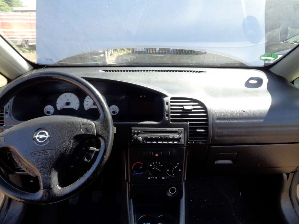 Opel Zafira A Armaturenbrett Cockpit Ohne Einbauteile 90561063