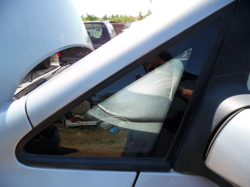 Opel Zafira A Seitenscheibe Fensterscheibe Dreieckscheibe Vorne Links