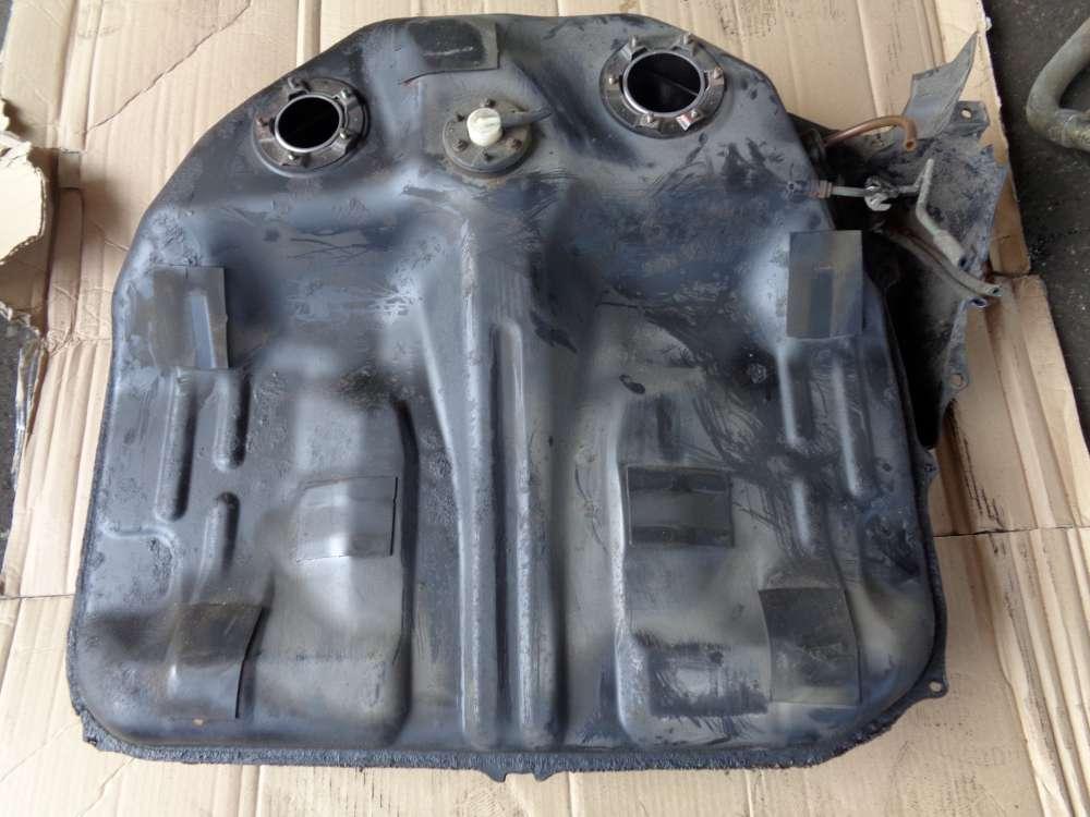 Honda Accord MFG CD7 Kraftstofftank Tank