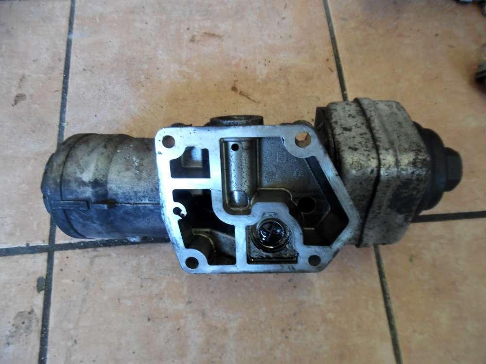 VW Golf 5 Ölfiltergehäuse Ölkühler 045115389J