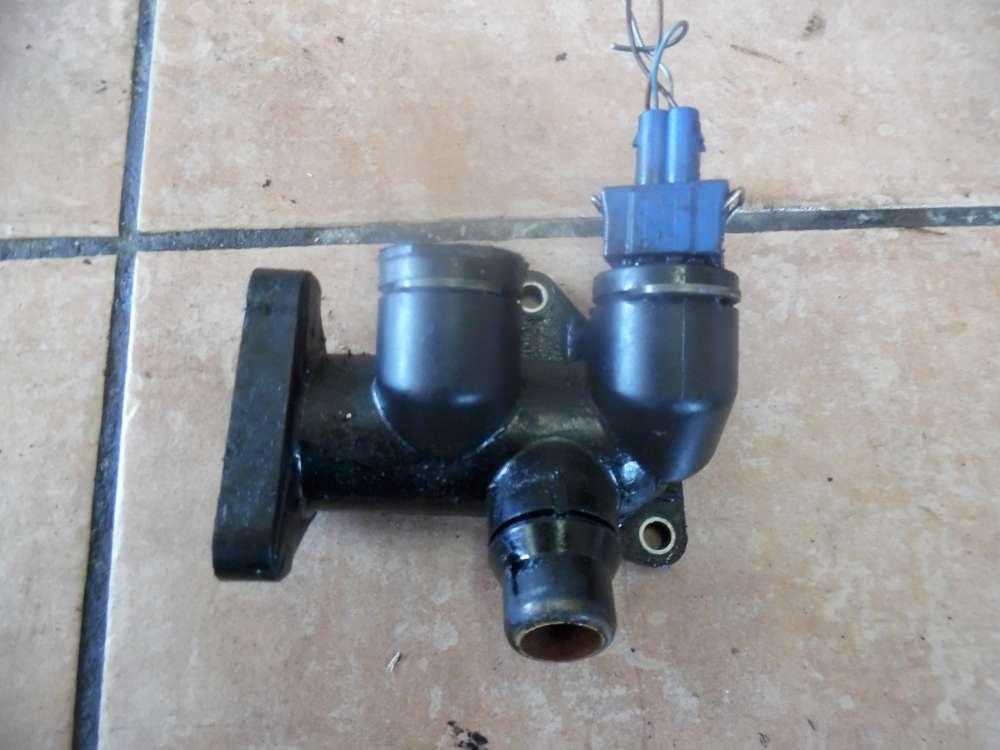 VW Passat 3B Bj:2000 Wasserflansch Flansch Stutzen Motor 058121133B