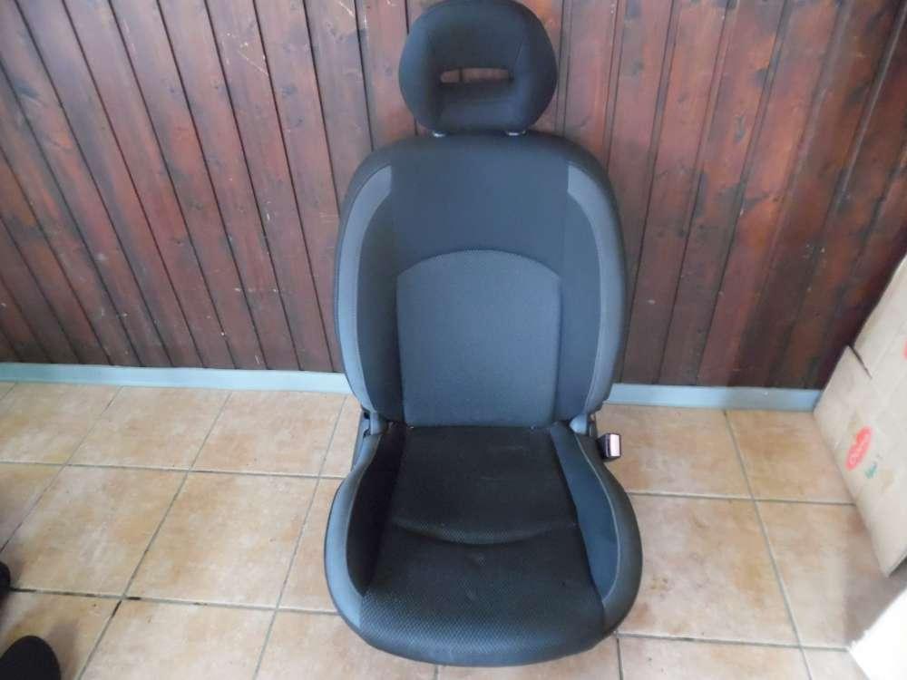 Peugeot 206 5-Türer Bj:2008 Sitz Beifahrersitz Vorne Rechts Stoff Schwarz / Grau