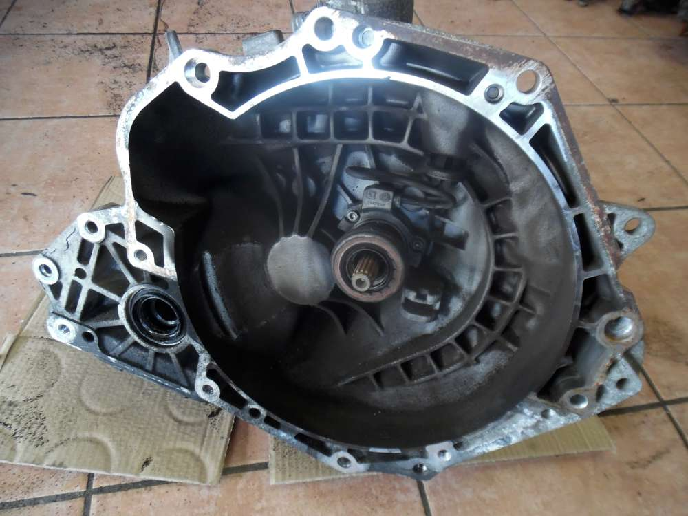 Opel Zafira A Getriebe Schaltgetriebe 55355489 649354685