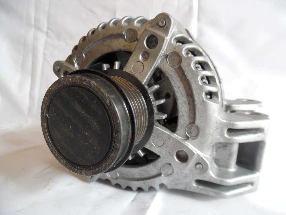 Lichtmaschine Generator 160A Challenger Durango, Jeep Grand Cherokee DENSO 421000-0750 P04801779AG