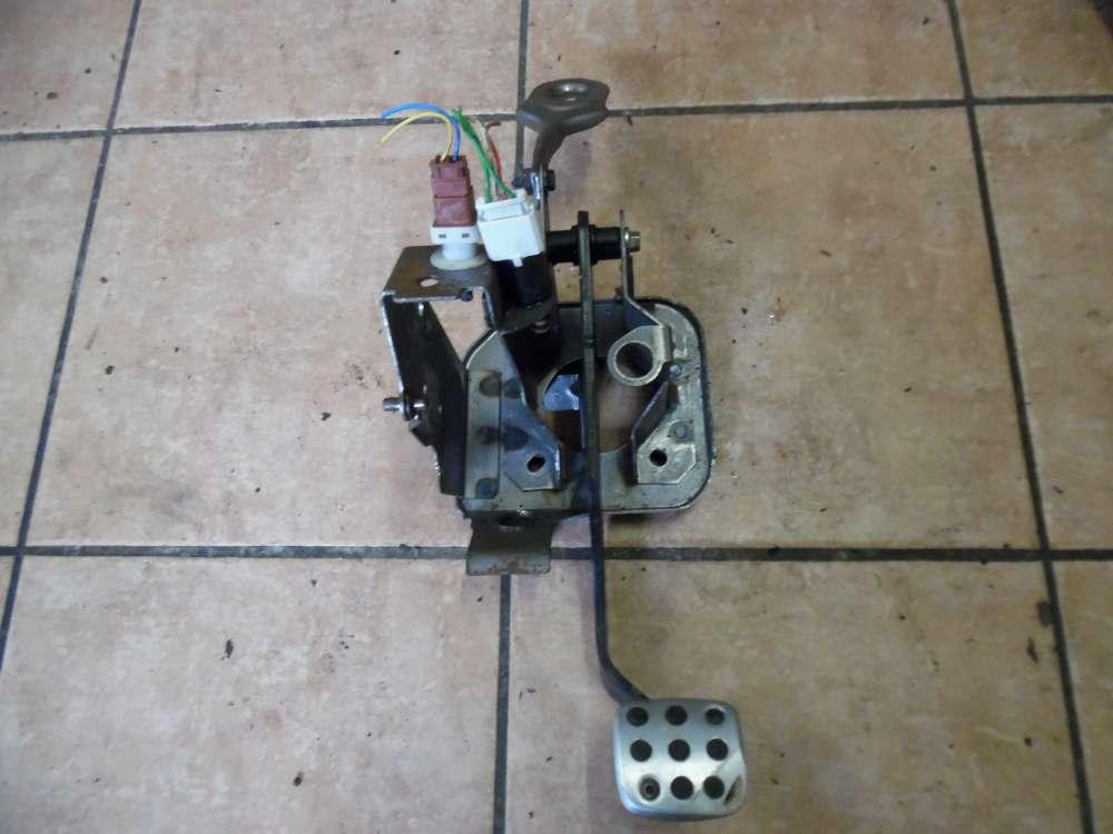 Peugeot 206 Cabrio Bj:2003 Bremspedal Pedal mit Sensor und Halter 20989A00