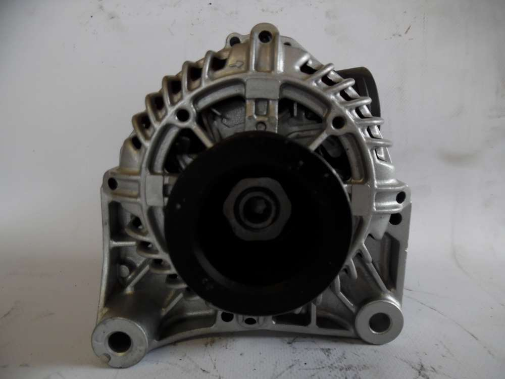 Lichtmaschine Generator 90A BMW 1432978 Valeo A13VI160