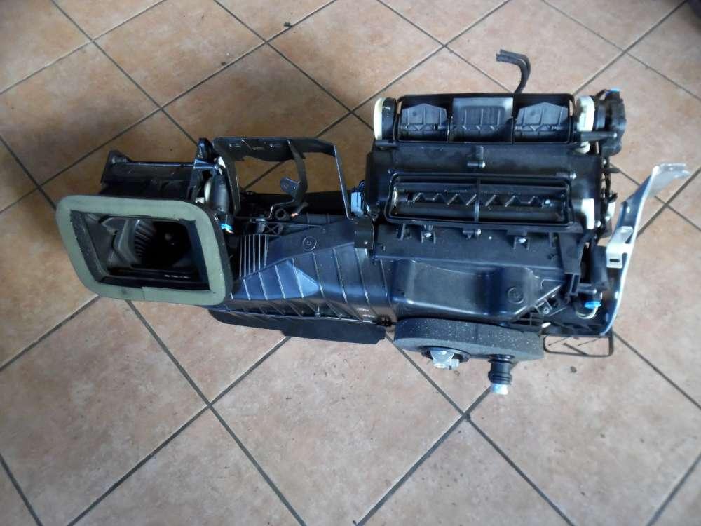 VW Golf 6 VI Gebläsegehäuse Gebläsekasten 5K1820003T