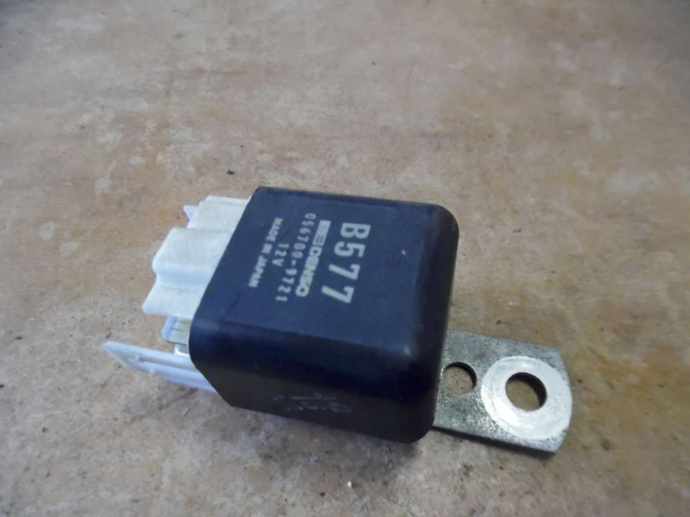 Mazda 323 BA Relais Öffnungsrelais 056700-9721