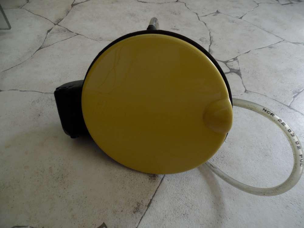 Skoda Fabia 6Y Tankklappe Tankdeckel gelb 6Y6809857B