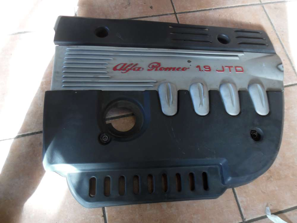 Alfa Romeo 156 Abdeckung Motor 46480339