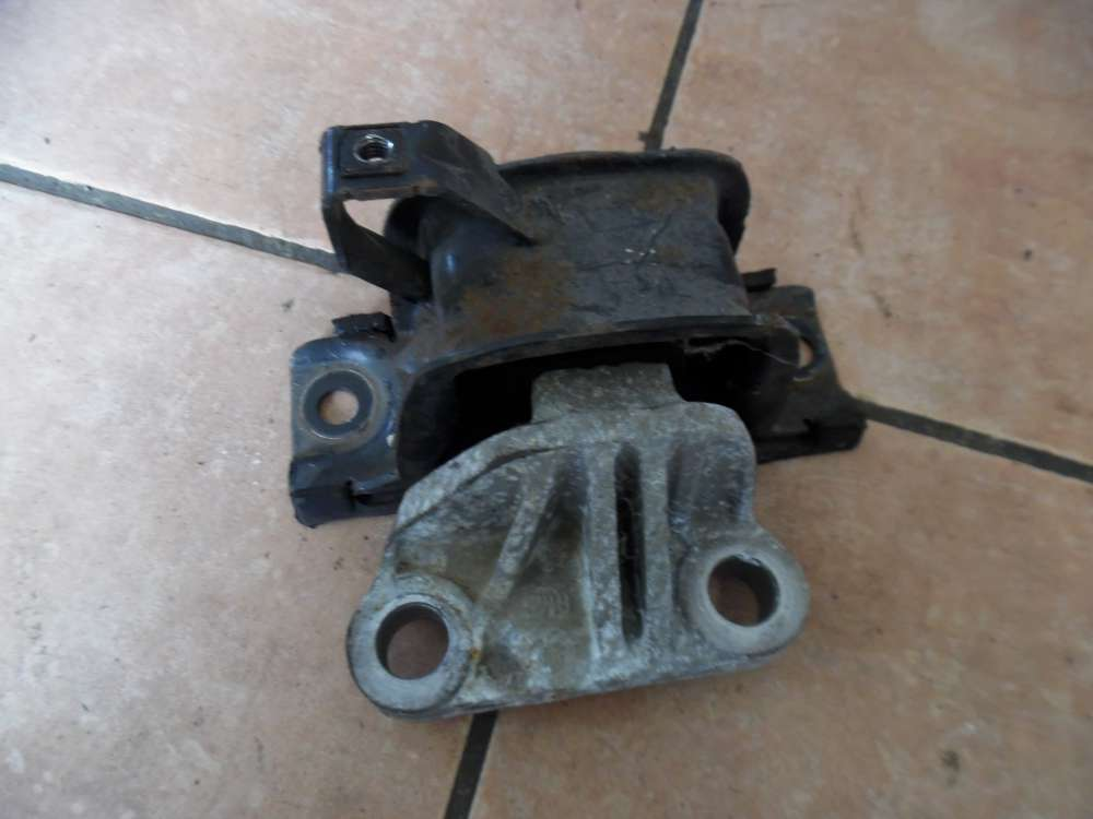 OPEL Corsa D Halterung Motor Getriebe Vorne Rechts 468646740