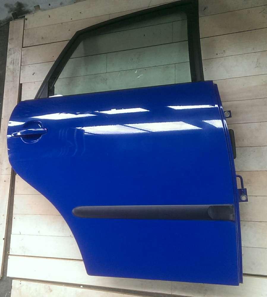 Seat Ibiza  6L Bj.05 Tür Hinten rechts 4/ 5Türer Blau LS5G Top
