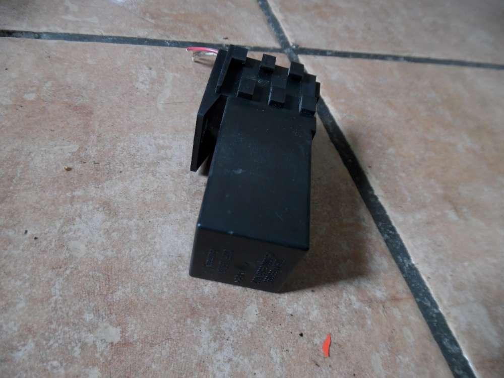 SMART Fortwo Relais mit Stecker Schwarz 0003503V002