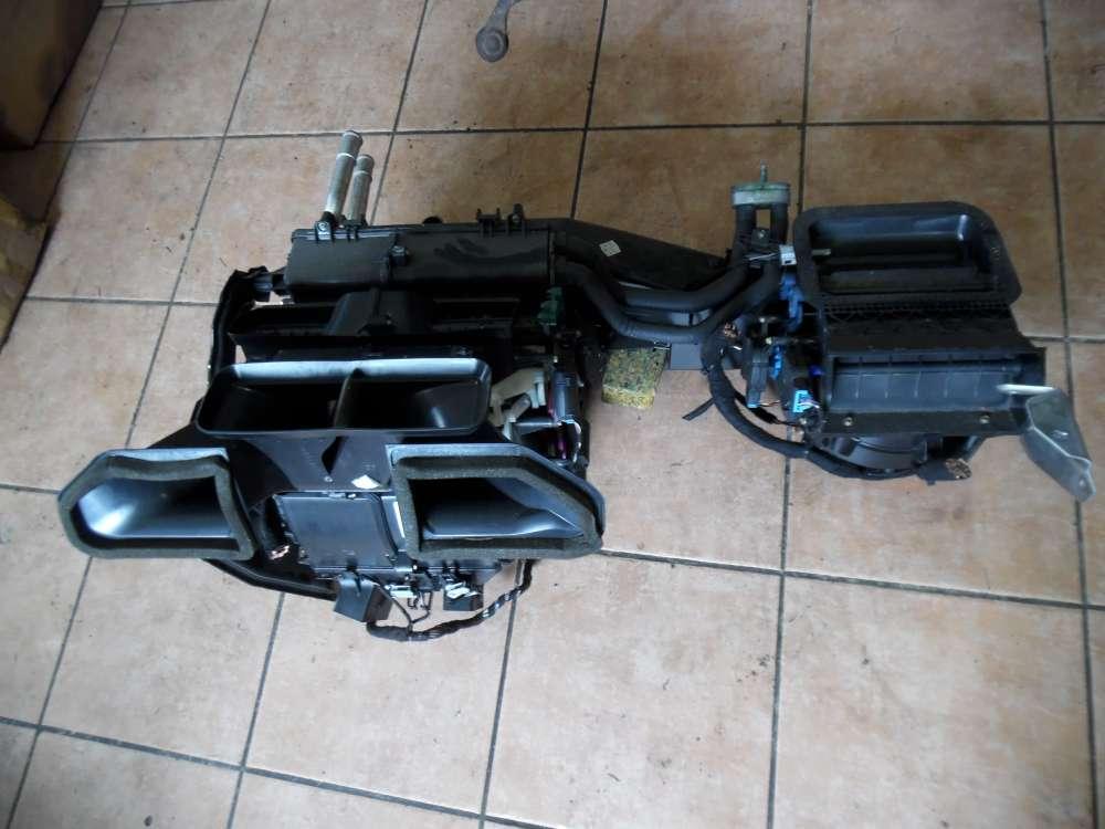 Audi A4 8E Heizungskasten Gebläsekasten Klimakasten 8E1820005