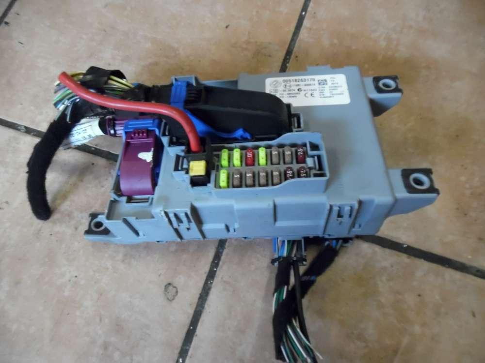 Fiat Punto 199 Sicherungskasten Zentralelektrik Relaiskasten 00518263170