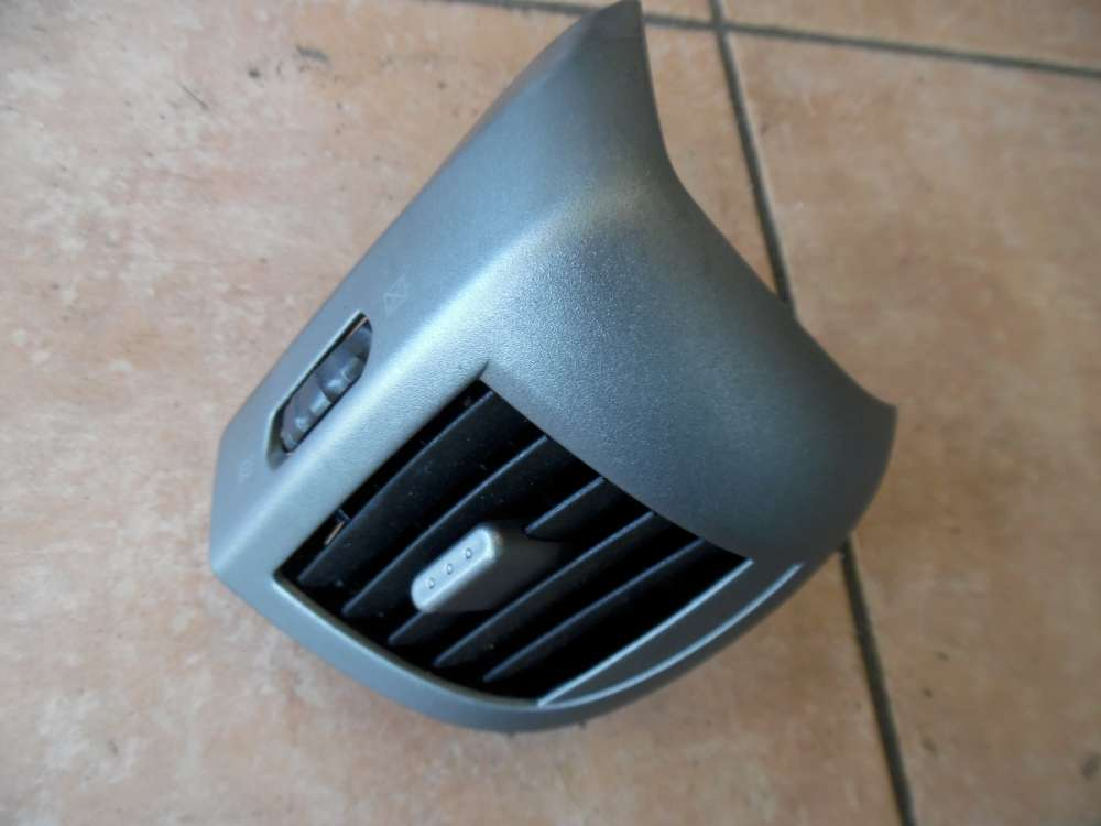 Nissan Micra K12 Luftdüse Links 68761AX700