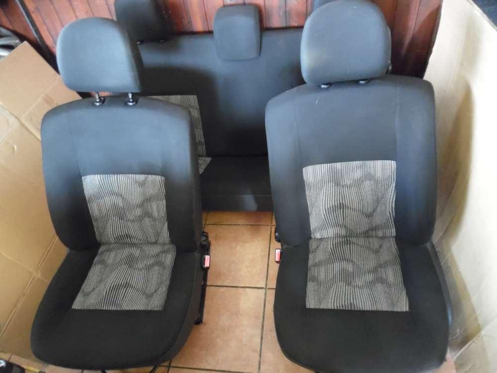 Dacia Sandero Innenausstattung Sitze Komplett Stoff Schwarz