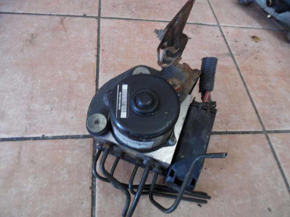 Ford Focus ABS-Hydroaggregat 2M51-2M110-EE