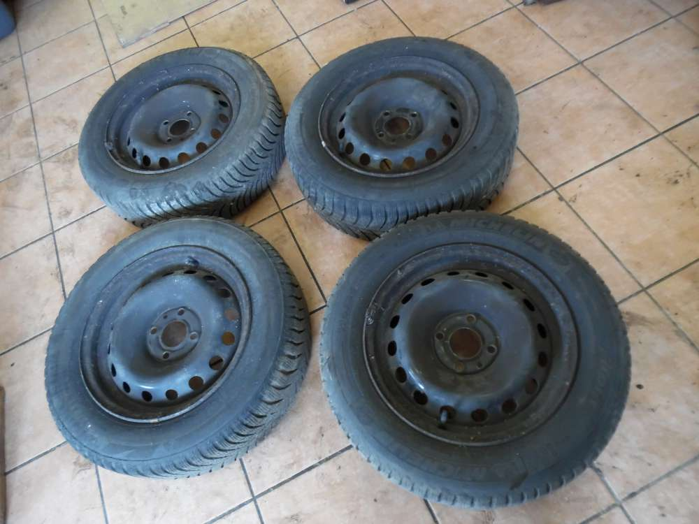 4x Stahlfelgen mit Reifen Winterreifen 175 / 65 R14 82T  0608 ET29 1011030