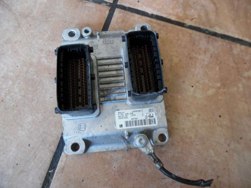 Opel Corsa C Motorsteuergerät 55557932 AW
