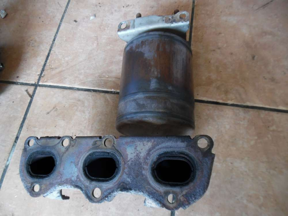 VW Polo 9N Auspuffkrümmer mit Katalysator 03D131701C 03D178AA