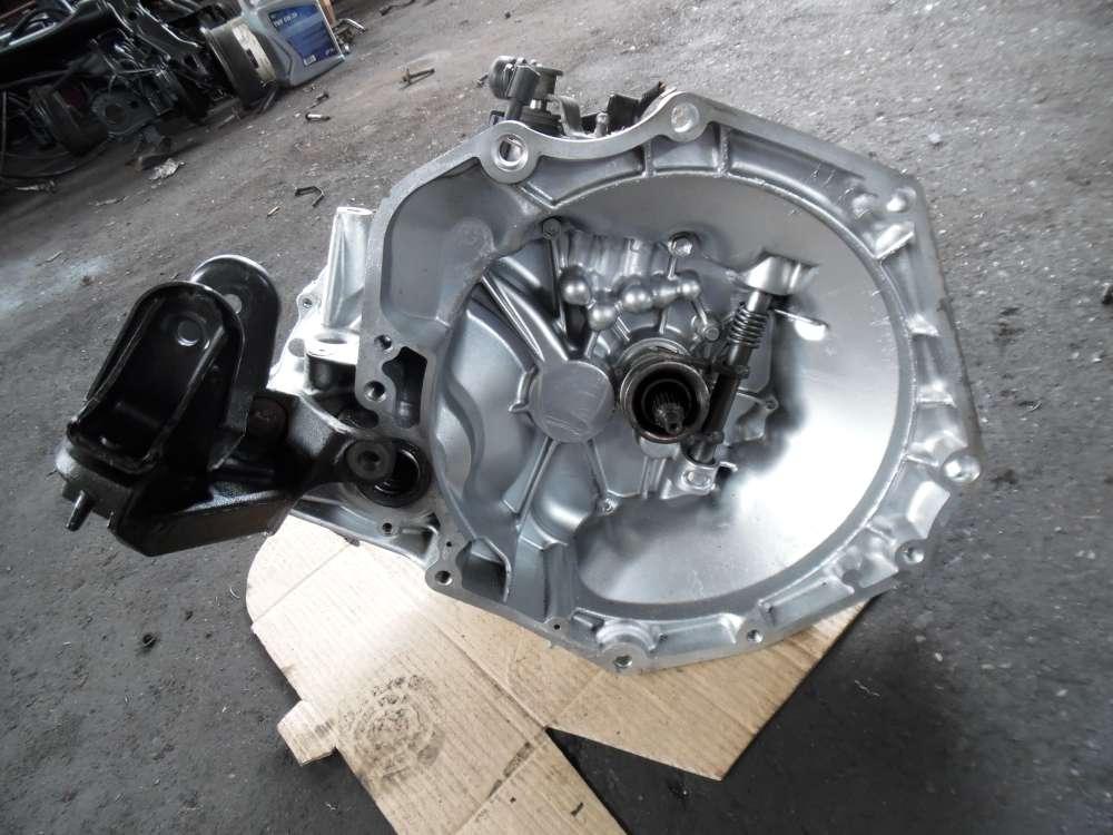 Opel Agila A Getriebe Schaltgetriebe 5-Gang 220000KM  24401455