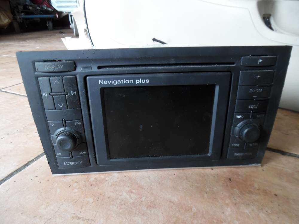 Audi A4 8E Radio CD Navi Navigation Plus 8E0035192B