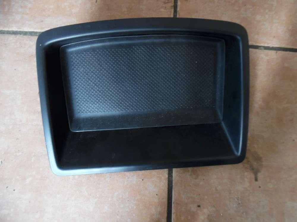 VW Golf V Ablage Mittelkonsole Fach 1K0857921