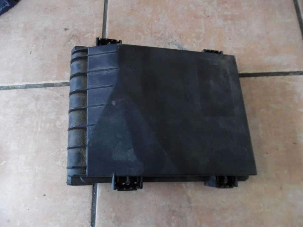 VW Golf V Sicherungskastendeckel 1K0937132