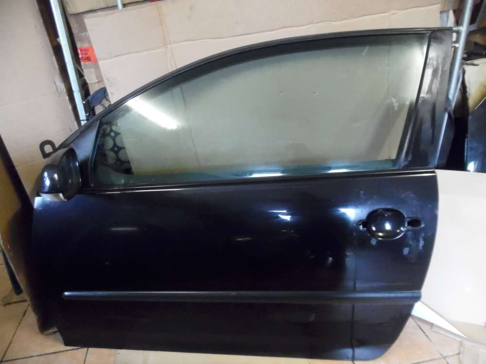 VW Golf V 3-Türer Tür Vorne Links Schwarz Farbcode : LC9Z