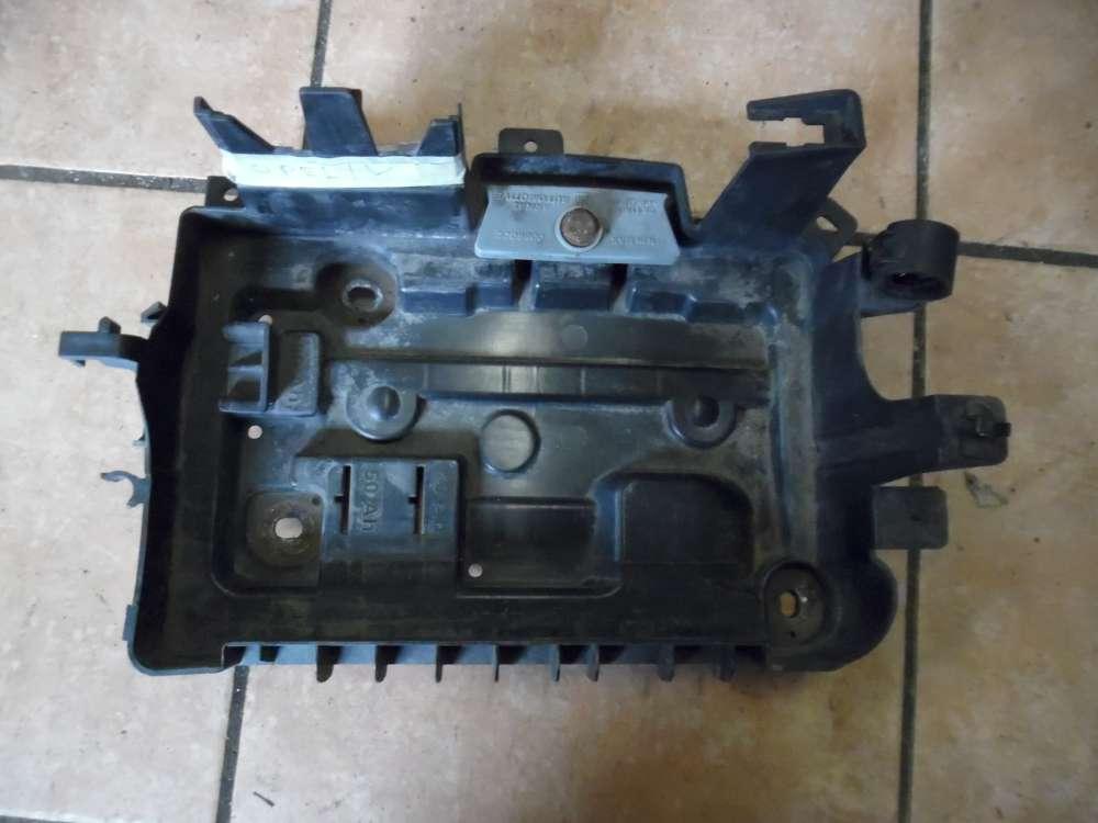 Opel Corsa D Batteriehalteplatte 13235642