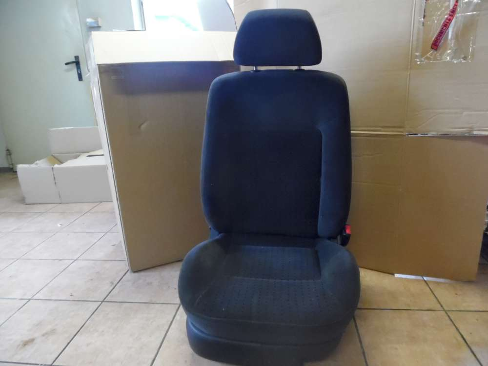 VW Passat Kombi Beifahrersitz Sitze vorne Rechts Stoff schwarz