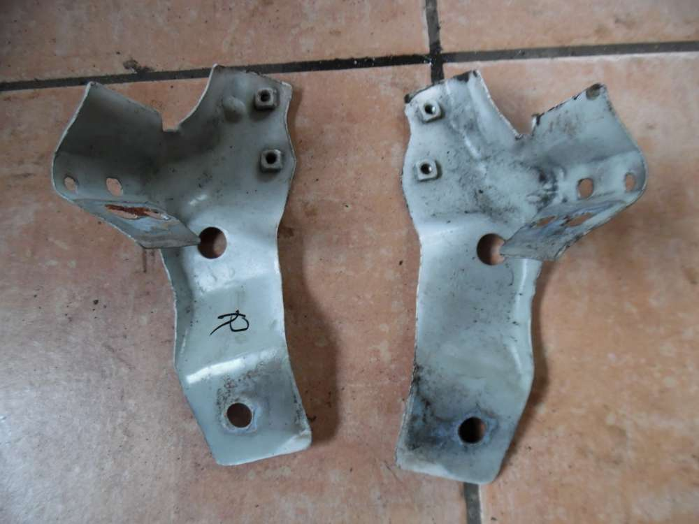 VW Fox 5Z Halter Kotflügel Kotflügelhalter Rechtzs / Links 5Z0821141 5Z0821142