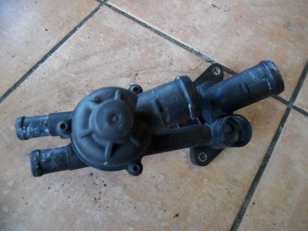 VW Fox 5Z Thermostatgehäuse Thermostat 03C121111B