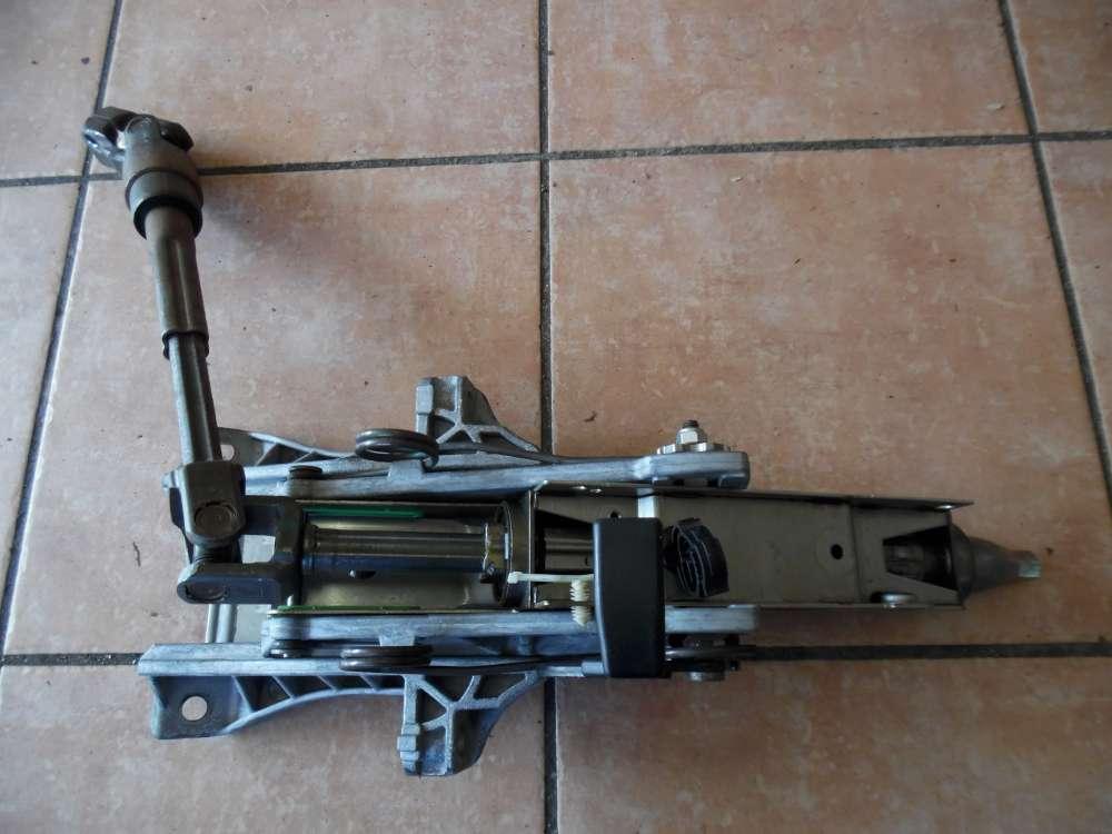 Ford Focus II Lenksäule ZG511361H