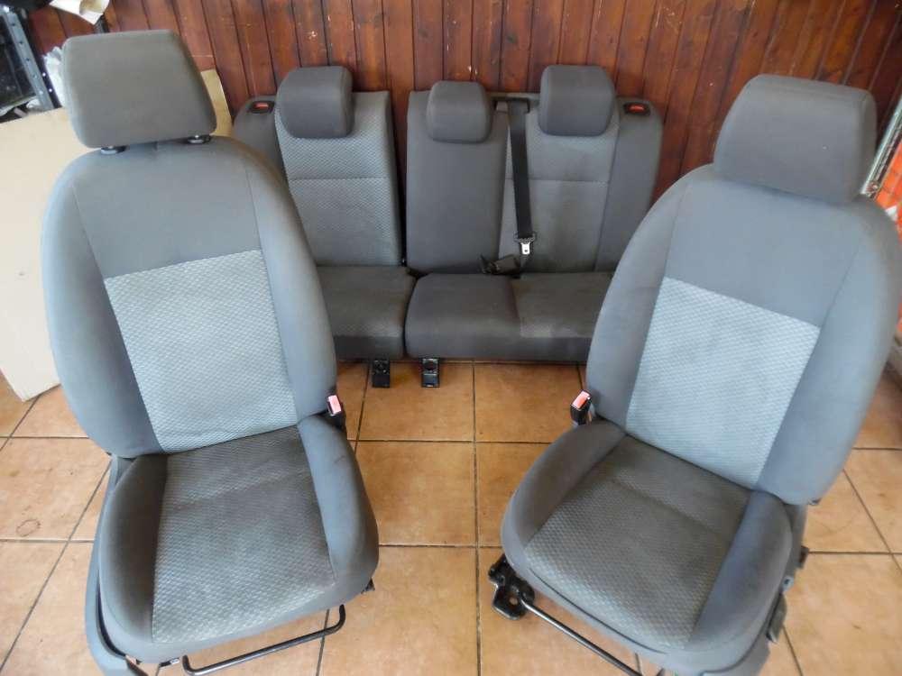 Ford Focus II 5-Türer Sitze Innenausstattung Komplett Stoff grau