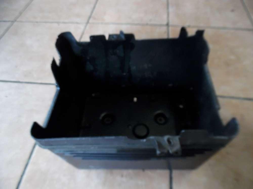 Peugeot 206 Batteriekasten 9624622180