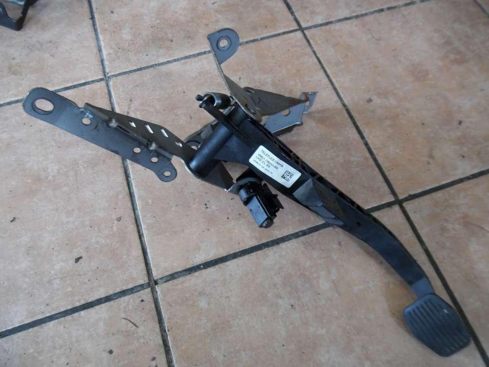 Ford Focus II Kupplungspedal Pedal 4M51-7B633-AN