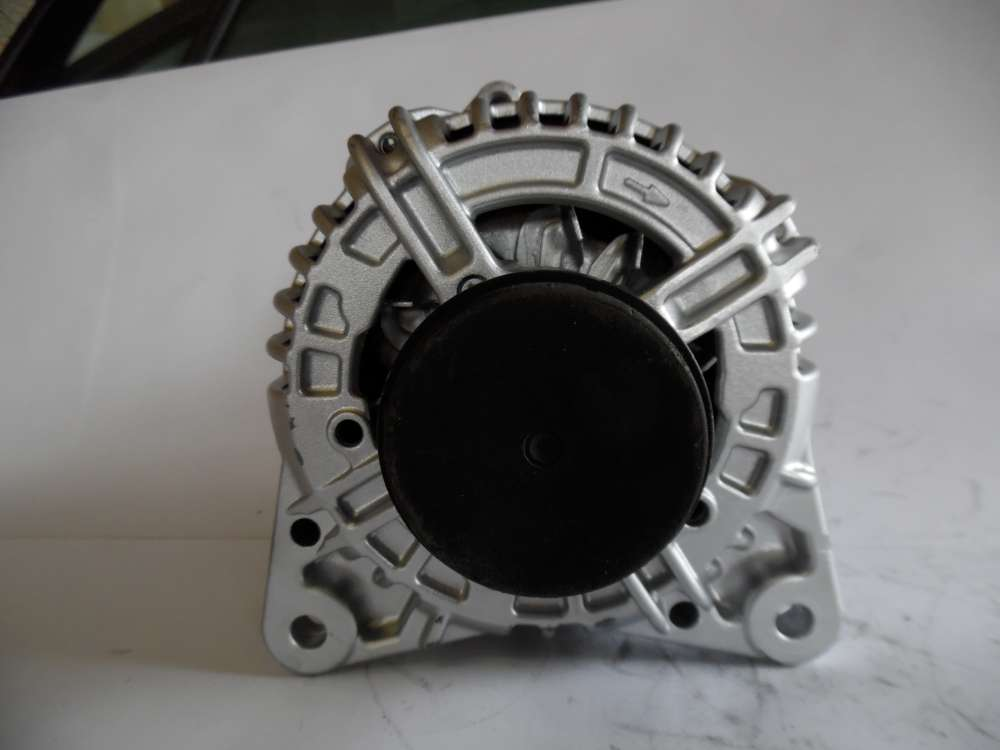 Lichtmaschine Generator 150A Dacia, Renault Bosch 0124525081