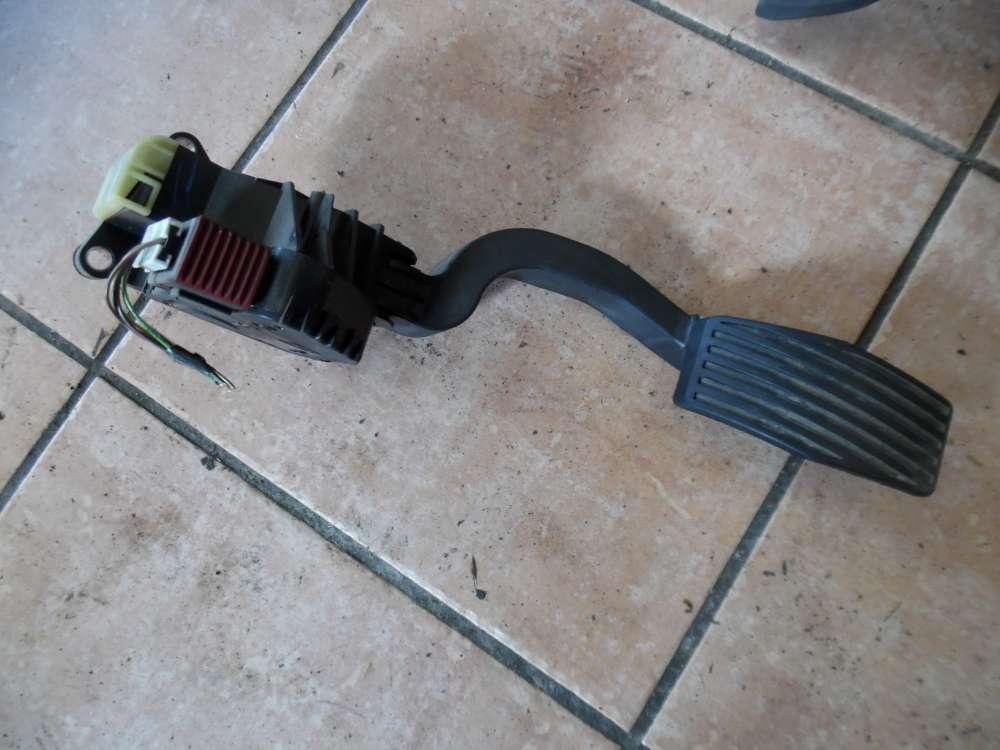 Opel Corsa D Gaspedal elektrisch 13305804